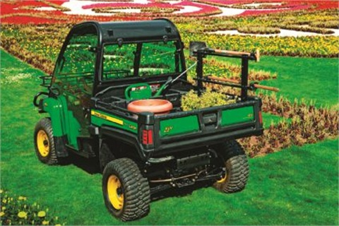 Some fleets are seeking utilities with substantial lifting ability and that accommodate attachments. John Deere's Gator XUV 855D fits these needs.