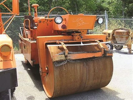 Delaware DOT provides prospective buyers access to equipment maintenance records.