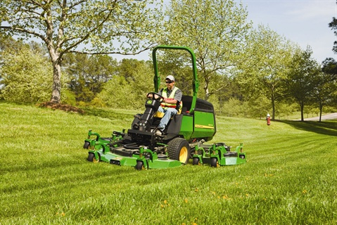 The 2011 WAM includes a new mow valve and new wing deck hydraulic motor, allowing the mower to run at less pressure and cooler temperatures.