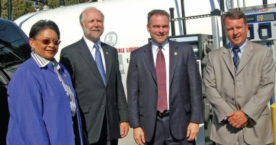 Virginia government officials (l-r): Viola Baskerville, Richard Sliwoski, Gov. Tim Kaine, and Don Unmussig.