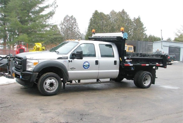 St. Lawrence County, N.Y., leased 23 vehicles to replace the oldest units in its fleet, reducing operating costs. Photo courtesy of St. Lawrence County