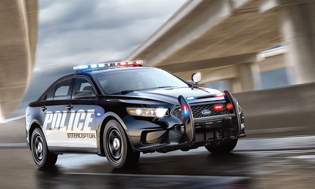 New silent mode in the Ford Police Interceptor sedan turns off courtesy lights, cluster and center stack lighting, and daytime running lights. Photo courtesy of Ford