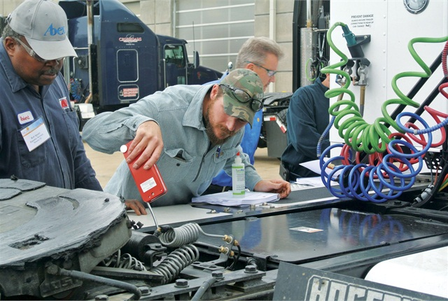 NGVi's Heavy-Duty Maintenance and Diagnostics training class is a three-day intensive course for experienced diesel technicians who will be diagnosing and maintaining heavy-duty natural gas vehicles. Photo courtesy of NGVi.