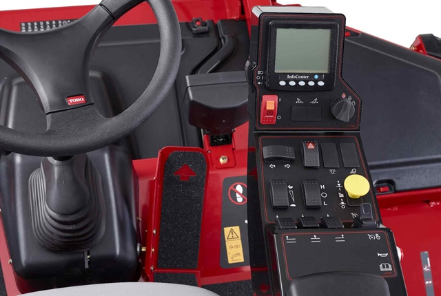 The Groundsmaster 5900/5910 features a larger ControlArm console, and the onboard InfoCenter console displays operating information at a glance. Photo courtesy of Toro