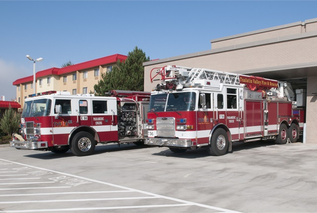 The Tualatin Valley Fire & Rescue used cooperative purchasing to standardize its fleet. Photo courtesy of TVF&R