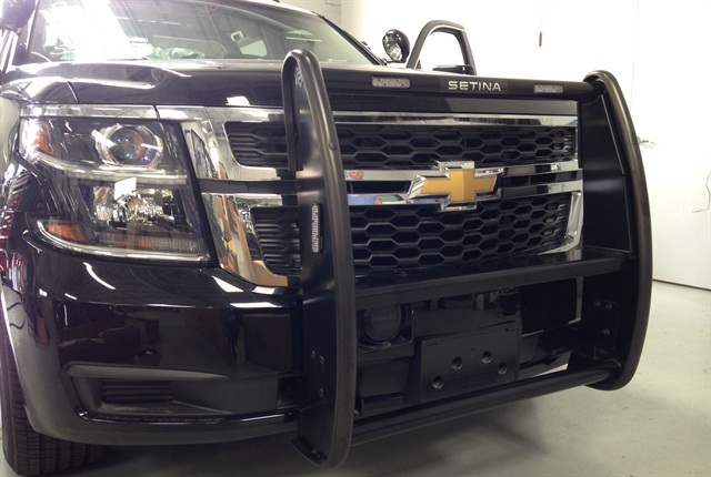 New push bars and a new upfi tting process for the Chevrolet Tahoe PPVs reduced upfit and repair time.