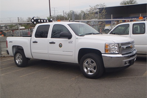 One of the 2012-MY Chevrolet Silverado hybrid pickup trucks acquired by the City of Falls Church, Va.