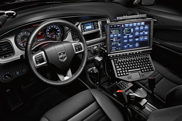 Chrysler Details Updates To 2014 Dodge Charger Pursuit