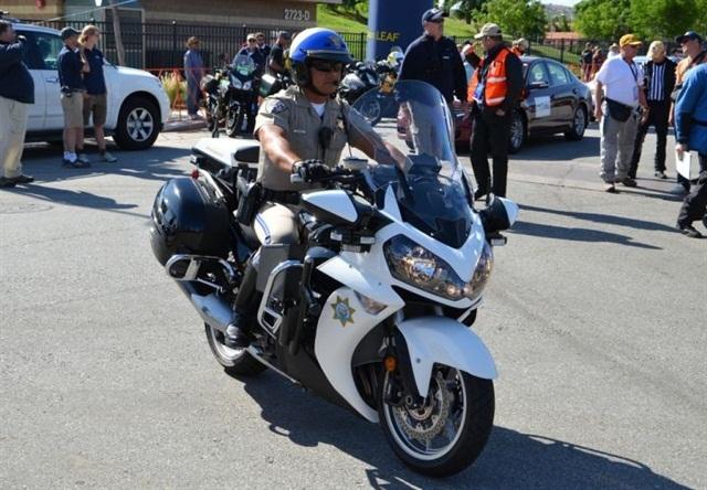 how to turn off helmet on motorcycle gta v