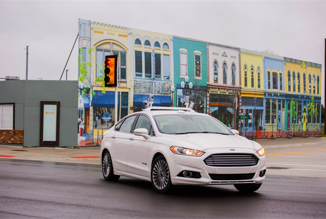 Photo of self-driving Ford Fusion Hybrid courtesy of Ford.