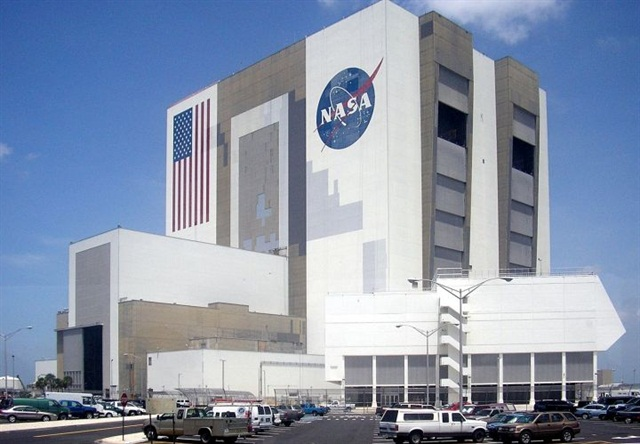 Photo of Kennedy Space Center's Vehicle Assembly Building via Wikipedia.