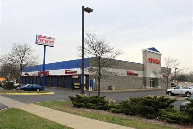 Photo of Pep Boys store in Farmington Hills, Mich., via Wikimedia.