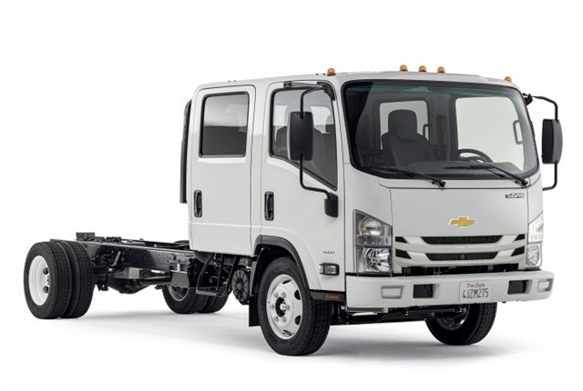 Photo of Chevrolet 4500 cabover courtesy of GM.