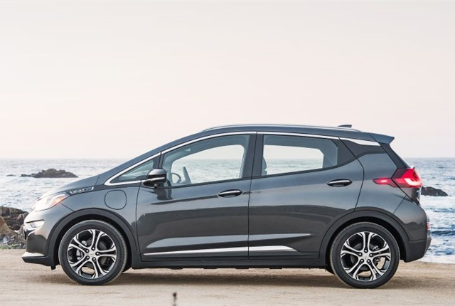 Photo of 2017 Chevrolet Bolt EV courtesy of GM.