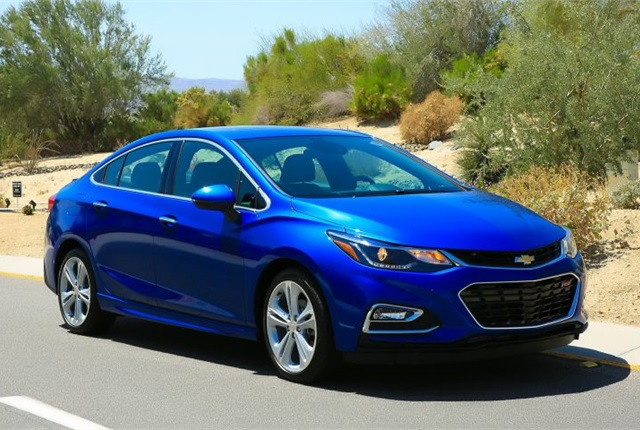 Photo of 2016 Chevrolet Cruze courtesy of GM.