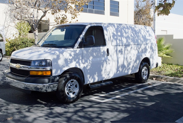 Photo of 2015 Chevrolet Express by Vince Taroc.