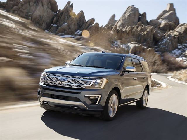 Photo of 2018 Expedition courtesy of Ford.