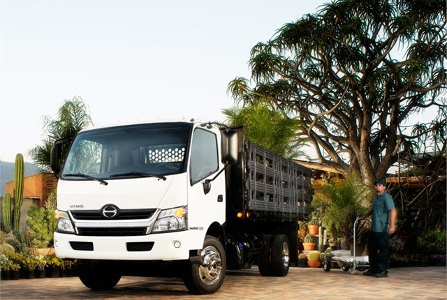 Photo of the Class 5 Hino 195 cabover with a stake body courtesy of Hino.