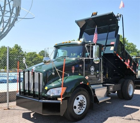 Pictured here is a Kenworth T370 hybrid truck used by NYC's Dept. of Parks and Recreation. Photo courtesy Kenworth.