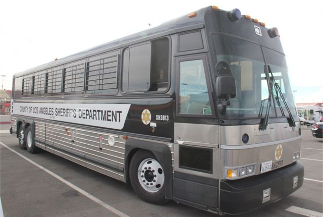 Photo of new L.A. County Sheriff's MCI prisoner bus.