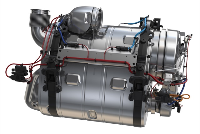 ClearTech One assembly contains CO catalyst, diesel particulate filter and urea dosing chamber. DPF element can be easily pulled for servicing, Mack says.