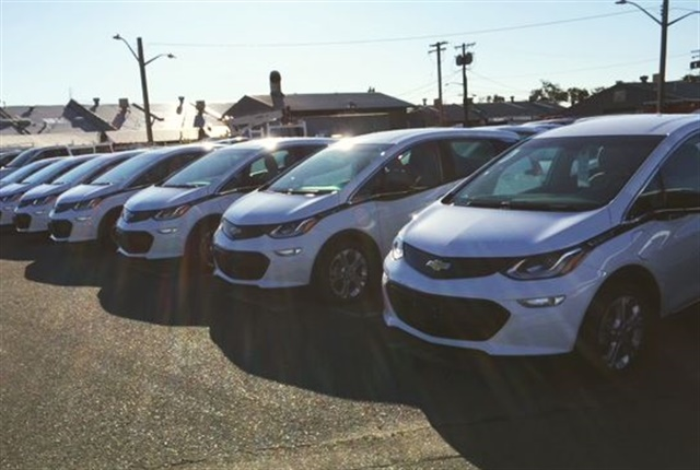 Photo of the City of Sacramento's new fleet of Chevrolet Bolt electric vehicles courtesy of City of Sacramento