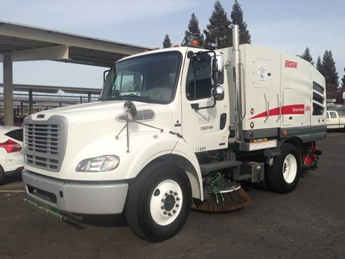 The City of Sacramento's Elgin Broom Bear sweeper runs on compressed natural gas. Photo courtesy of City of Sacramento