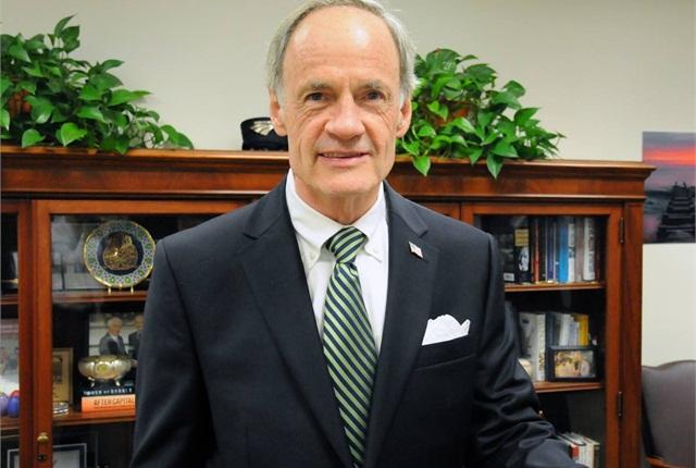 Sen. Tom Carper (D-Del.) Image: Carper
