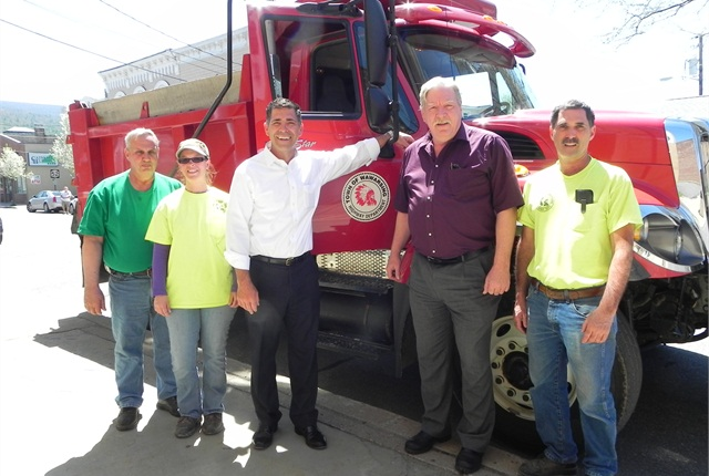 County Executive Mike Hein stands with Wawarsing Town Supervisor Scott Carlsen, Wawarsing Highway Superintendent Tony Paes, and Wawarsing Department of Public Works employees Randy VanKleeck and Cindy Najdzion.