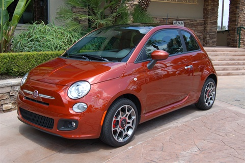 my blog about cars fantastic looks niggly problems the fiat 500 was on display at the mema. Black Bedroom Furniture Sets. Home Design Ideas