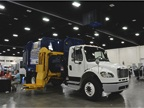 CS900 Collecstar automated side loader refuse truck