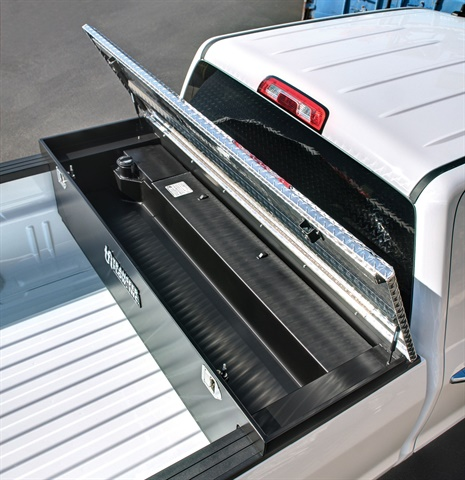 <p>Transfer Flow has introduced a 70-gallon toolbox and fuel tank combo for 1999-2016 Ford, Ram, and GM full-size diesel trucks. (PHOTO: Transfer Flow)</p>