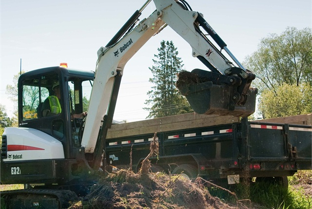 <p>The Bobcat E32i is an conventional tail swing excavator with a 24.8 hp Tier 4 diesel engine. <em>Photo courtesy of Bobcat.</em></p>