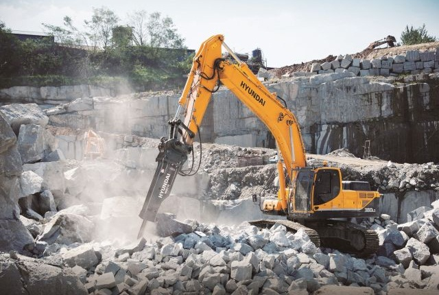 <p><span>HDB series is suitable for compact to construction class excavators and a variety of applications. Pictured is the HBD210. <em>Photo courtesy of Hyundai Construction Equipment Americas<br /></em></span></p>