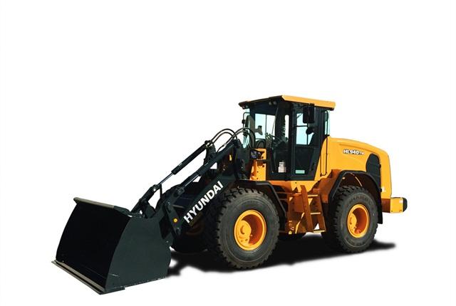 """<p><em>Photos courtesy ofHyundai Construction Equipment Americas</em></p> <h2 id=""""ctl00_cphBody_h_company""""></h2>"""