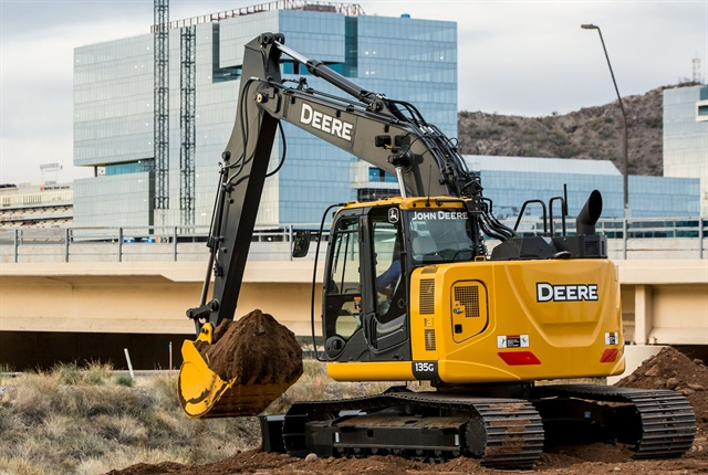<p>135G excavator.<em> Photo Courtesy of John Deere.</em></p>