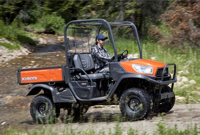 <p>The RTV-X900 is equipped with a  21.6 hp diesel engine, standard 4WD, and standard hydraulic power steering.</p>