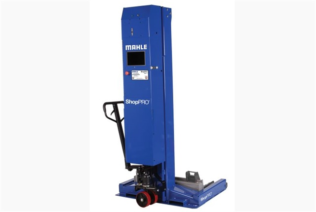 <p><em>Photo of ShopPRO Commercial Wireless Mobile Column Lift courtes of MAHLE</em></p>