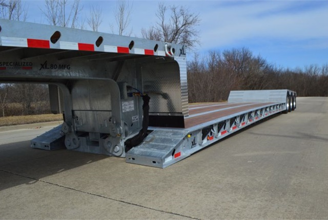 <p><em>XL Specialized Trailers's 80 MFG galvanized trailer image courtesy of XL Specialized Trailers</em></p>