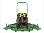 <p>John Deere's updated 1600 Turbo Series III Wide-Area Mower. <em>Photo courtesy of Deere</em></p>
